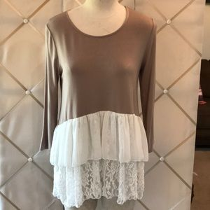 Bellamie Lace and Ruffle top Size XL GUC!